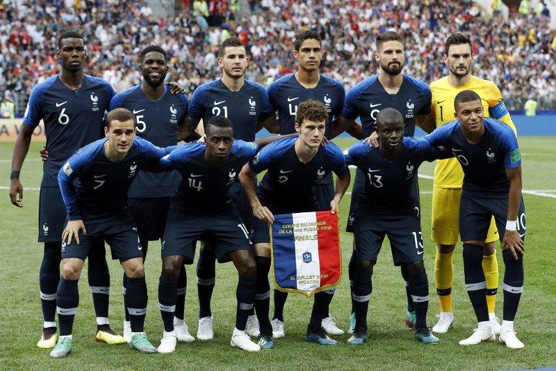 🇷🇺#WorldCup 決勝🏆  🇫🇷フランス代表 4-2 クロアチア代表🇭🇷  試合終了‼️ フランスが1998年以来2回目の世界一に輝きました🏆  #WorldCupFinalF#FRAi#CROnhttps://t.co/dNEiITNp8Gal