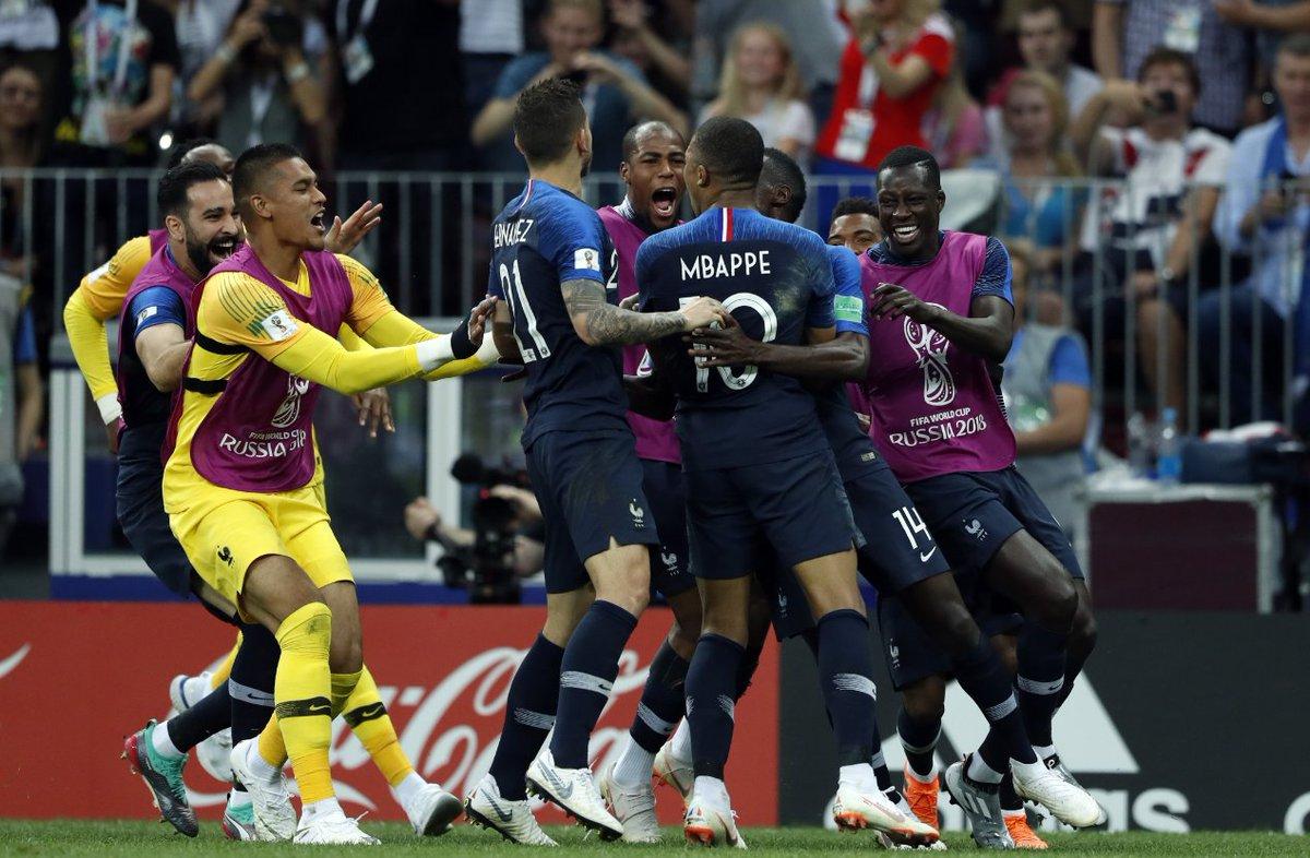 Allez les bleus! Francia, campeona del mundo por segunda vez en su historia tras ganar a Croacia por 4-2.