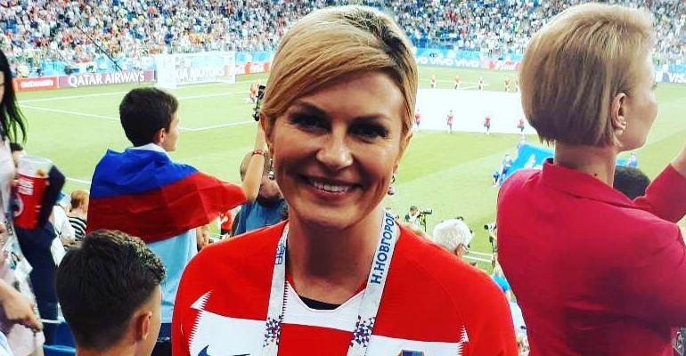 Louca por futebol, presidente da Croácia, Kolinda, paga sua própria passagem para ver final da Copa --> https://t.co/3w9VH8GF0Y