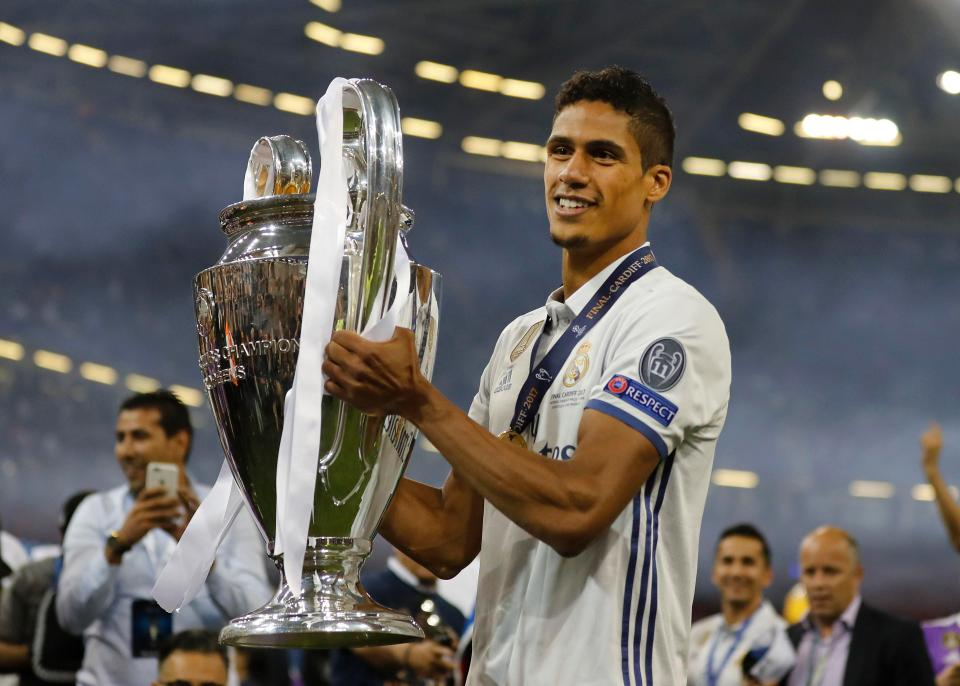 Raphael Varane at age 25:  -4x Champions League -2x La Liga -One World Cup.  -48 international appearances -2017/18 UEFA Champions League Squad of the Season -4th in line of succession for Real Madrid&#39;s captaincy.   On his way to be the best CB of all time. <br>http://pic.twitter.com/tZNnO9BF85