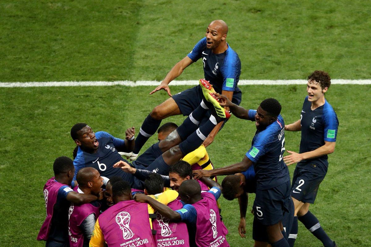 France wins 2nd World Cup title, beats Croatia 4-2 https://t.co/FaCTvDugnK
