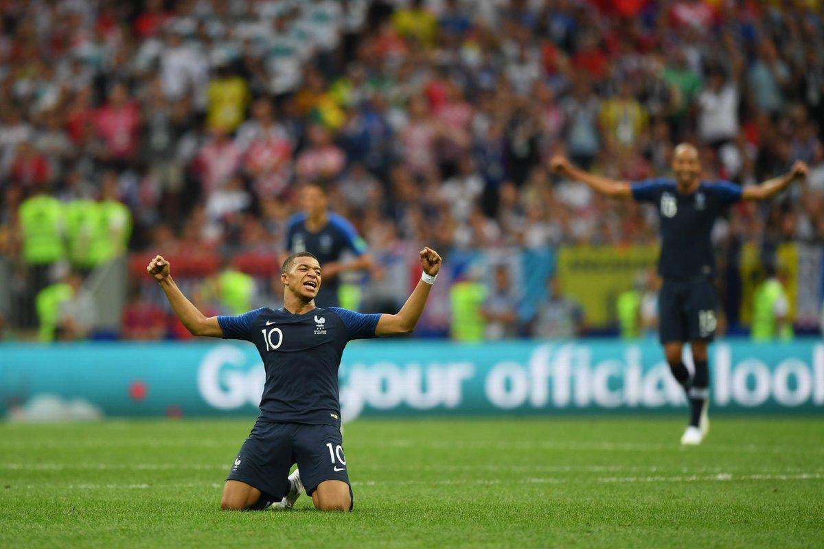 🇫🇷 La Francia è campione del Mondo 👏👏👏  Finale #WorldCup➡#FRA - #CRO 4-2  Il racconto della sfida di Mosca 👉 https://t.co/JoJzplGFz1