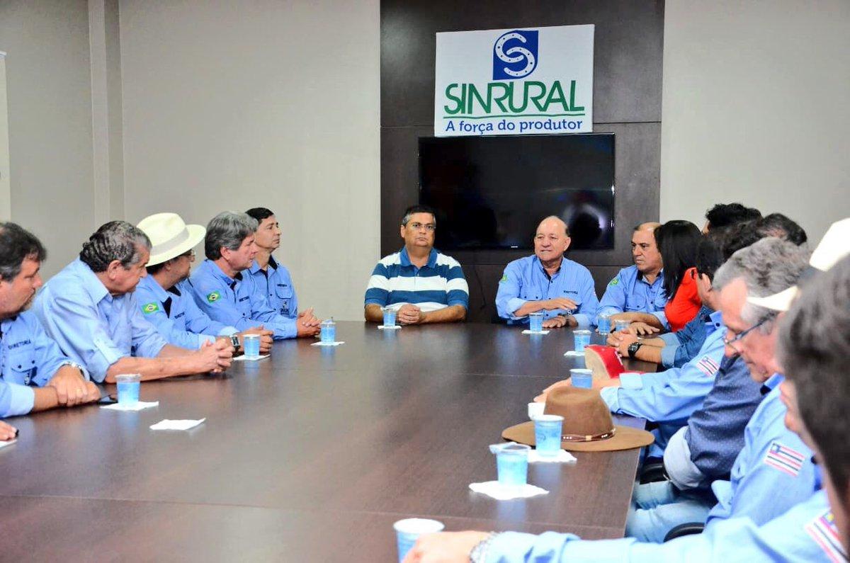 Neste sábado participei da Expoimp, em Imperatriz, onde dialoguei com produtores e confirmei as projeções de expressivo crescimento econômico que o Maranhão está tendo em 2018, continuando os resultados positivos que colhemos em 2017