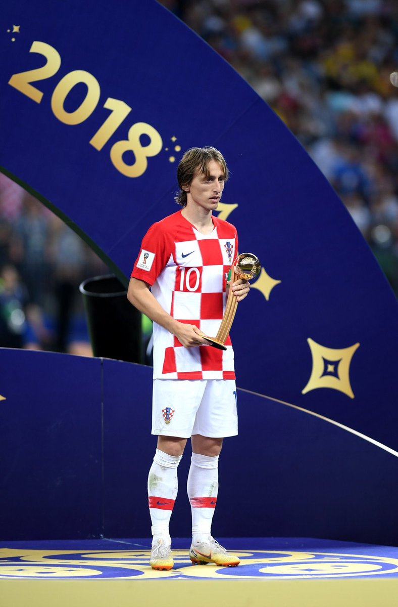 Congrats to Modric too, unbelievable midfielder<br>http://pic.twitter.com/OPvu95n5AF