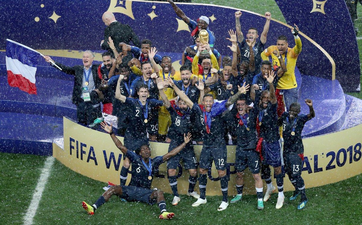 Coupe du Monde de Football - Russie 2018 - Page 8 DiKdvQDWkAALg7K