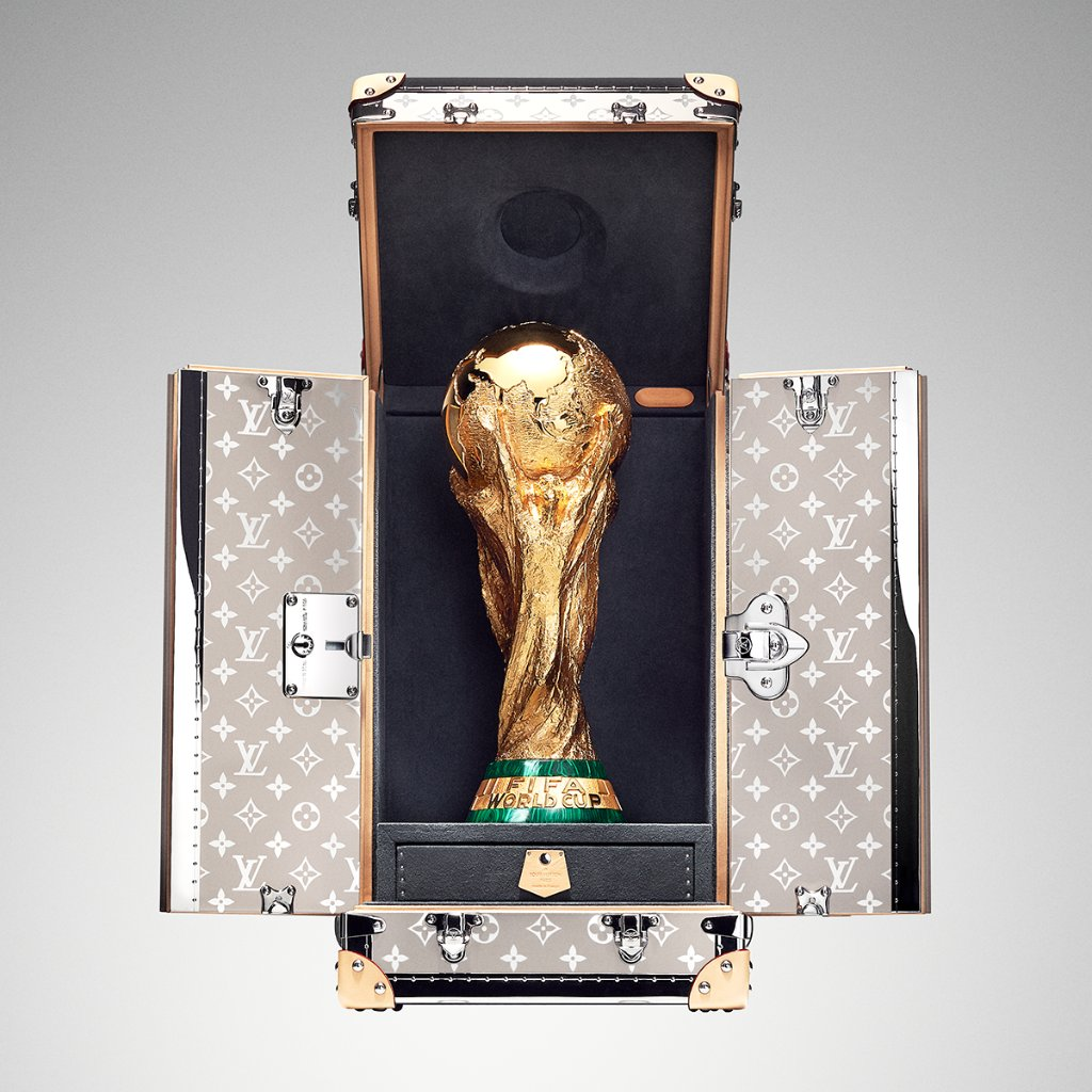 France is back ! 🇫🇷🏆 @LouisVuitton congratulates the winning team of the 2018 #WorldCup