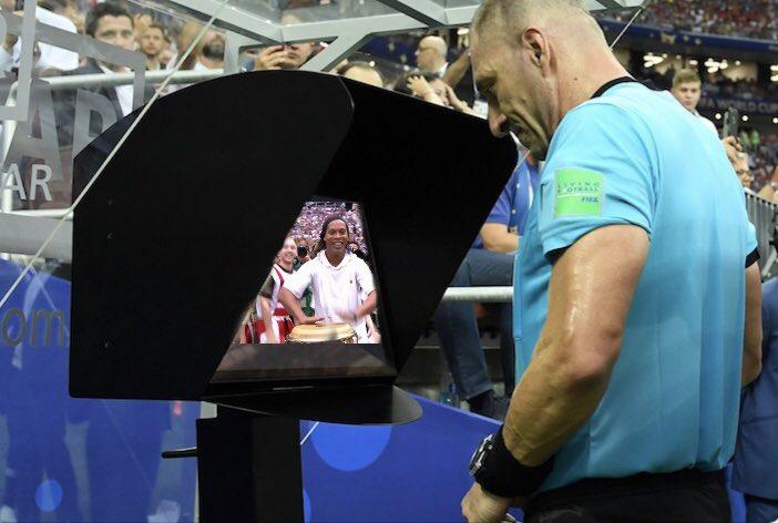 A França levou a taça, mas a gente é campeão no Mundial de memes https://t.co/azwxieXSvJ #G1