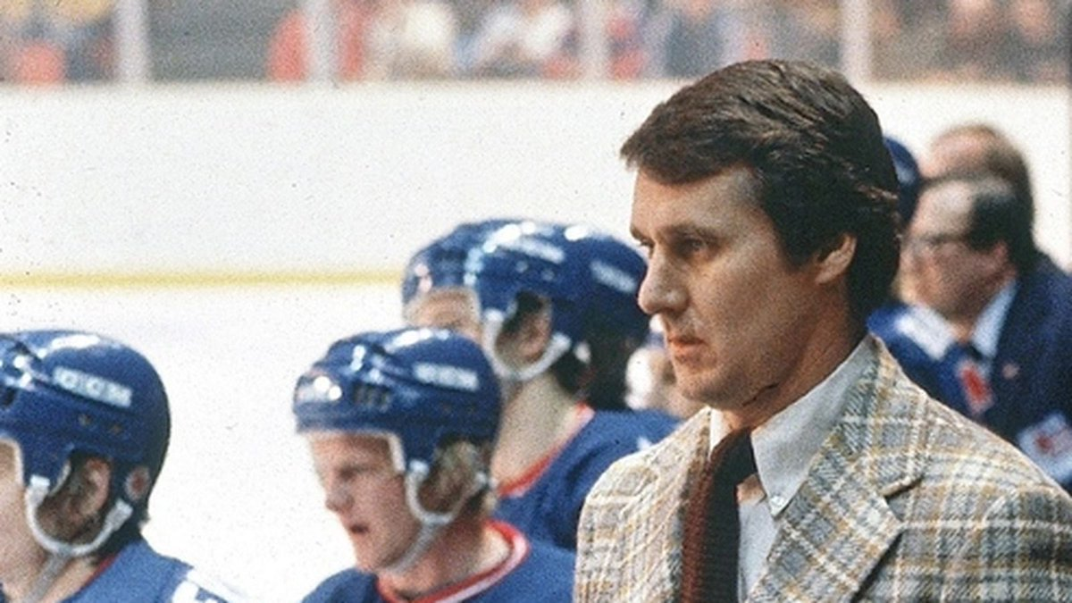 Craig Patrick: You&#39;re missing the best players.  Herb Brooks: I&#39;m not looking for the best players, Craig, I&#39;m lookin&#39; for the right ones. <br>http://pic.twitter.com/MkhP0xSOsX