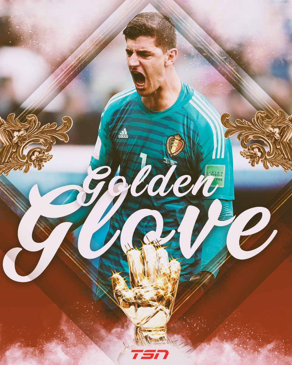 Thibaut Courtois of #BEL wins the Gloden Glove as the best goalkeeper of the #WorldCup