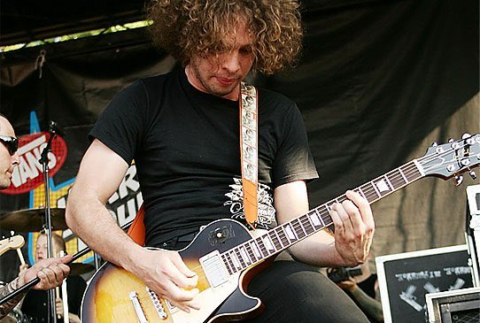 Happy birthday Ray! Thank you for being an inspiration to me and many others. #FroPower @raytoro