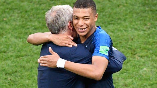 #CM2018 Kylian Mbappé élu meilleur jeune de la Coupe du monde #FRACRO bit.ly/2LiPU9M
