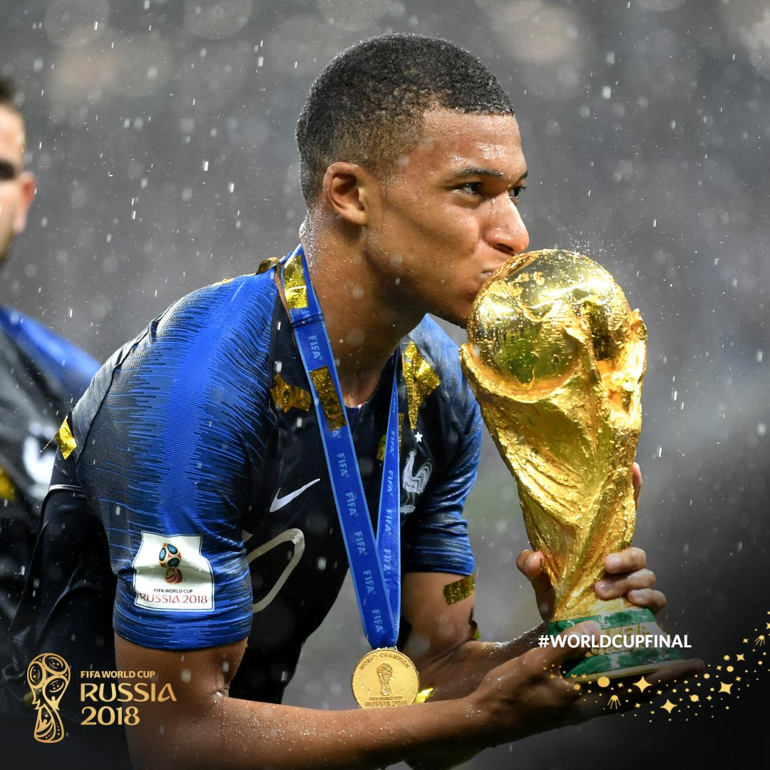 #FRA are the raining/reigning #WorldCup champions!   Sorry/not sorry about that pun. ☔️