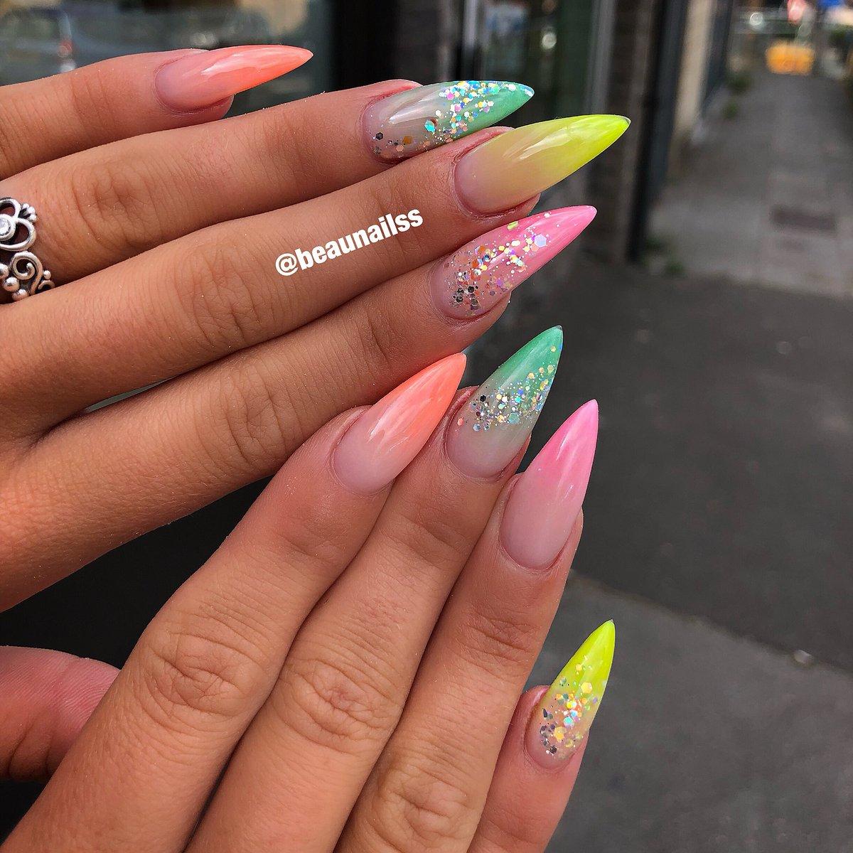 "Christmas False Nails Uk: Anna Pham On Twitter: ""Ombré Neon Colour 💅💅 Perfect"