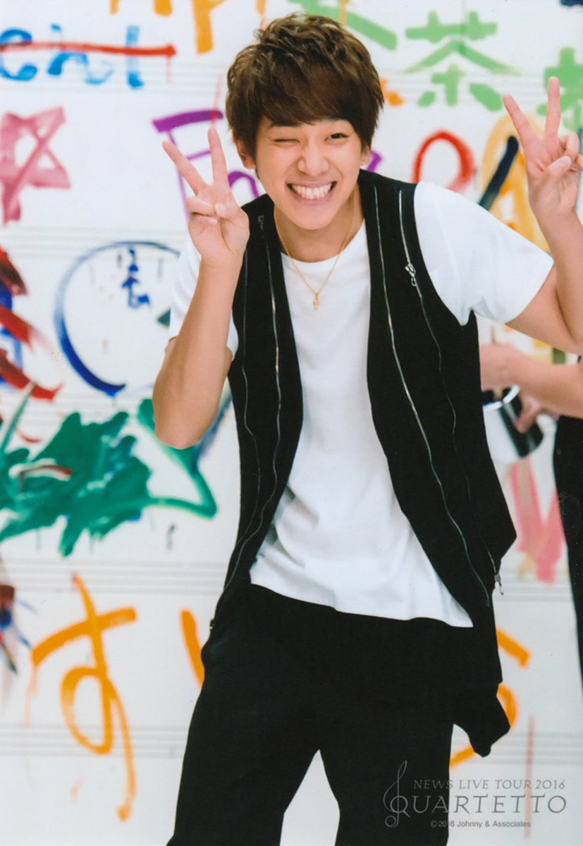 @ Koyama, just writing so that you know you can be happy again. This is what you deserve. This smile. <br>http://pic.twitter.com/SthNUbemR6