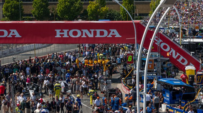 Thank you #indyTO fans for coming out this weekend! See you next year! Photo