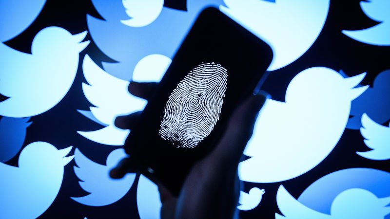 Guccifer 2.0 and DCLeaks booted from Twitter following Mueller indictments https://t.co/tETDT6LPcY
