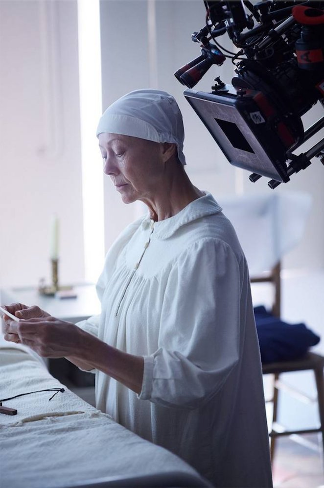 Behind the scenes on #callthemidwife series 8: Beyond the habit  https://www. facebook.com/callthemidwife official/photos/a.442205629173028.102342.433476440045947/1852227928170784/?type=3&amp;theater &nbsp; … <br>http://pic.twitter.com/WITdzRFf0D
