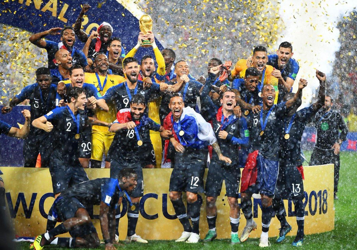Revivez en images la victoires des Bleus https://t.co/khIYRwJGep