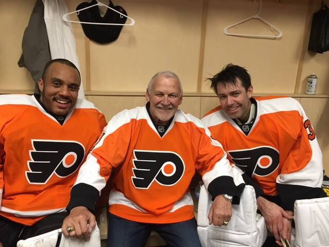 """""""All the statistics in the world can't measure the warmth of a smile..."""" Rest In Peace my friend, Ray Emery #Razor @NHL @NHLFlyers @FlyersAlumni @NHLAlumni<br>http://pic.twitter.com/I6SX5cKq8c"""