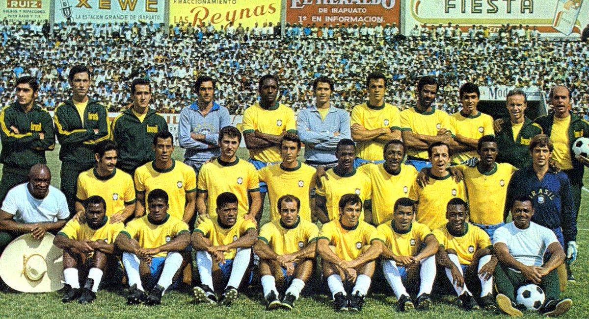 E pensare che nel 1970 tutti i grandi calciatori erano bianchi.