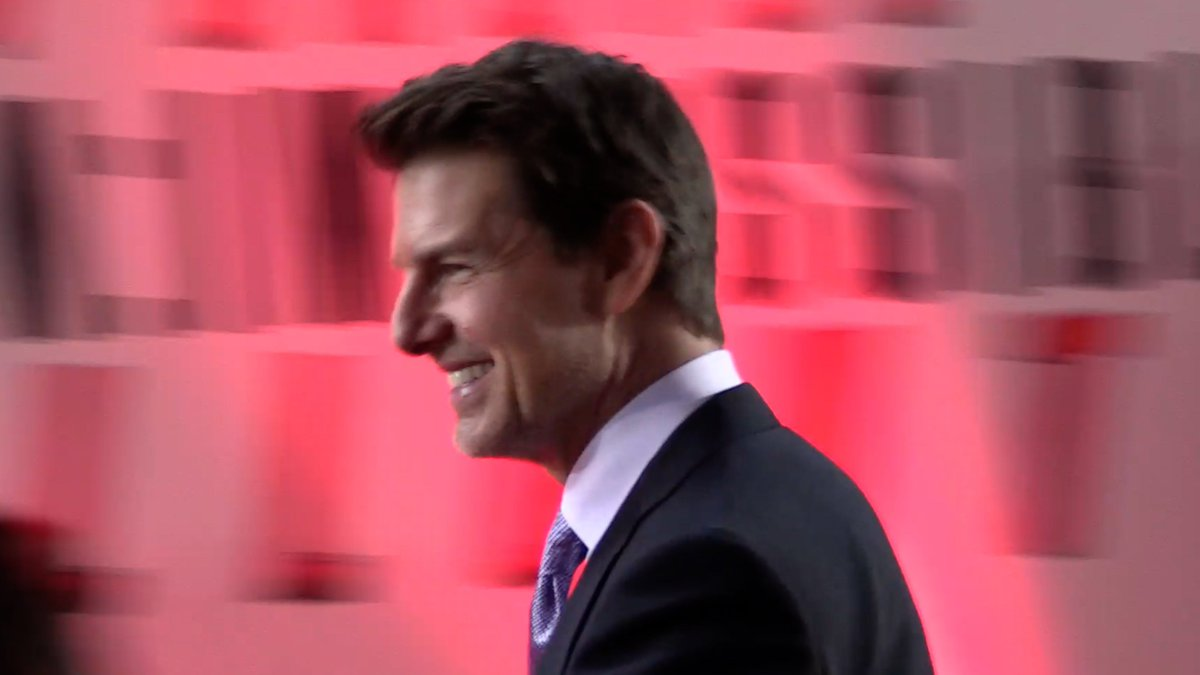 On Friday I went to the London Premiere of  #MissionImpossibleFallout at the BFI IMAX Waterloo.  You can watch my highlight music video here  https:// youtu.be/4T5_NX7Sjqo  &nbsp;    enjoy #TomCruise #HenryCavill #SimonPegg #RebeccaFerguson #ChrisMcQuarrie<br>http://pic.twitter.com/kviBaDmInN