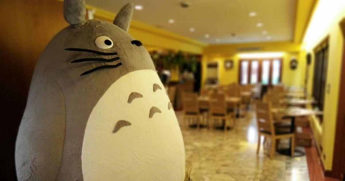 First Official My Neighbour Totoro Restaurant Opens In Bangkok  https:// 9gag.com/gag/aW1o7EZ?re f=tp &nbsp; … <br>http://pic.twitter.com/57WgRXFOGx