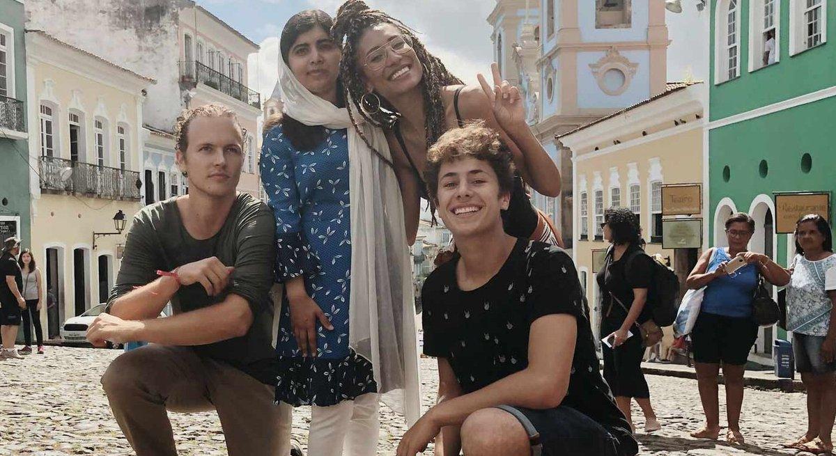 Conheça @ElaineWelteroth @ElJuanpaZurita e @jeromejarre, os 'influenciadores digitais do bem' que acompanharam @Malala em sua viagem pelo Brasil https://t.co/sVisq5DE4G #G1