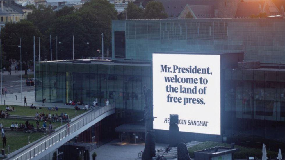 Largest newspaper in Finland trolls Trump, Putin with billboards about press freedom https://t.co/DLkaE806VV