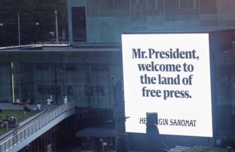Finnish newspaper places hundreds of billboards in support of 'Free Press' along Trump and Putin routes in Helsinki. They won't miss these! http:// abcn.ws/2NeWf6T  &nbsp;  <br>http://pic.twitter.com/qeizi3yBdS