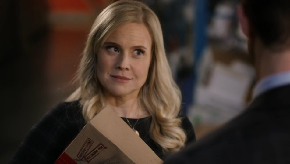 Shane LOVES teasing Oliver... and can barely keep a straight face! #POstables @hallmarkmovie @kristintbooth<br>http://pic.twitter.com/mCFUhNM6Jr
