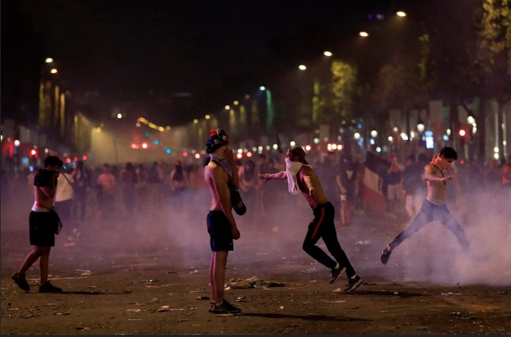 Two France fans die as violence erupts across the country after World Cup win https://t.co/Z69f04riMA