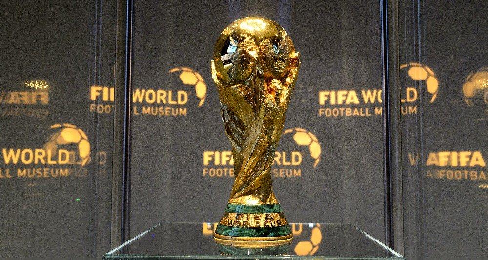 Hey #Ronaldo , #Messi , #Suarez , #Hazard , #Kane #Lukaku , #delealli , #Perisic , #Mandzukic , #Neymar , #Rakitic , #Modric , c\