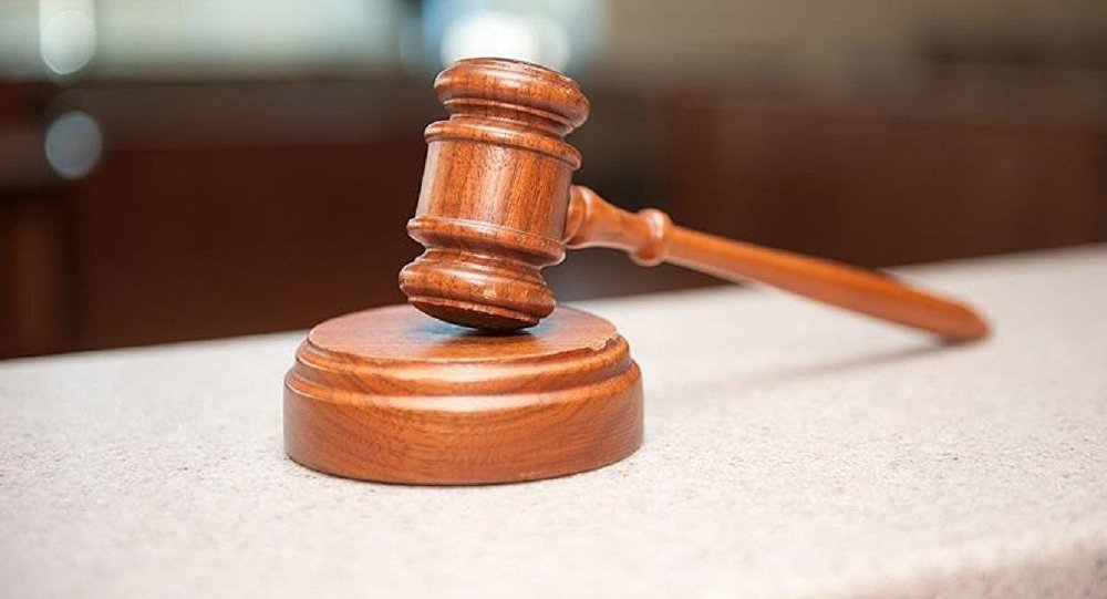 İki kızına cinsel istismardan yargılanan babaya 'iyi hal' indirimi sptnkne.ws/jbBP
