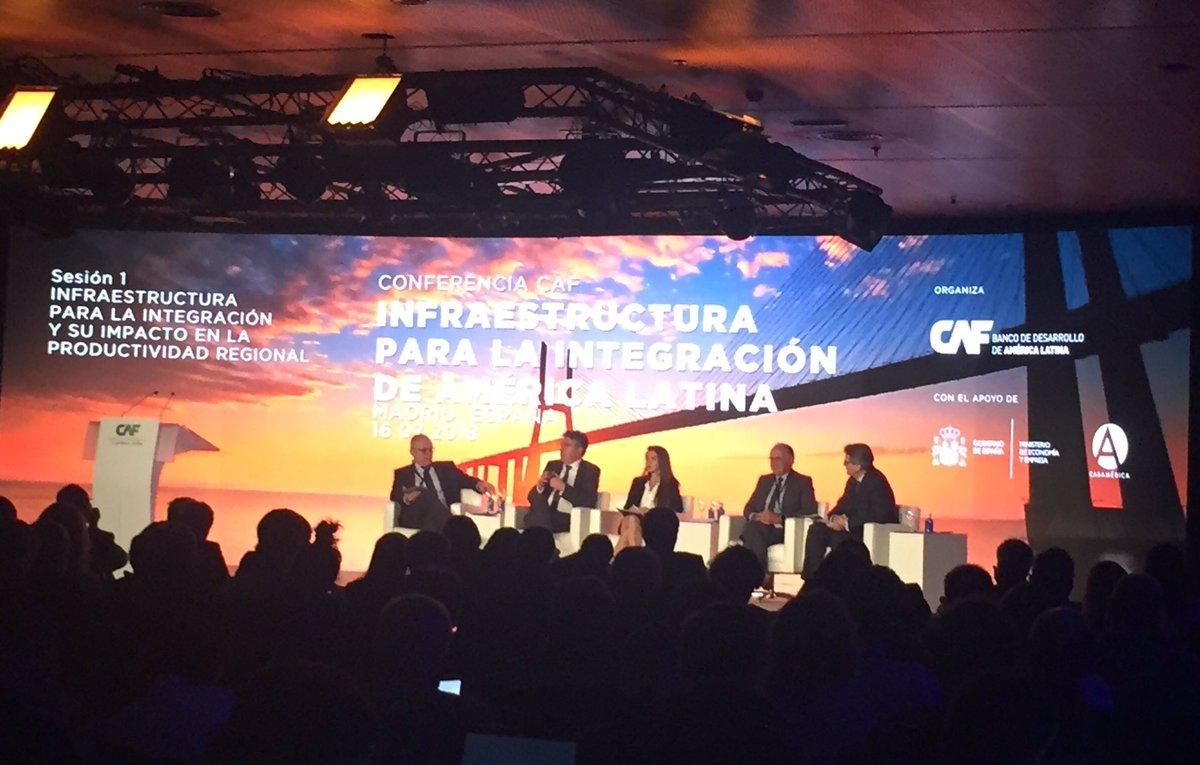 Conference @AgendaCAF à #Madrid @MauricioCard met en avant la réforme de @MinHacienda en #Colombie : les entreprises peuvent mobiliser jusqu\