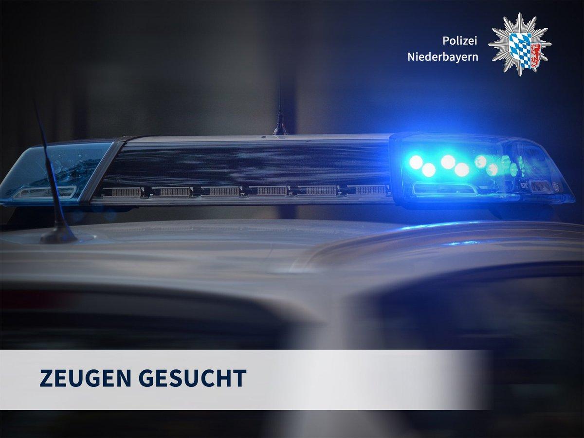 Bitte RT!  #Achslach, Lkr. #Regen, Nach tödlichem #Unfall: Dringend #Zeugen zum Unfallhergang und zu den beteiligten Fahrzeugen gesucht! 10-jähriges Kind schwer verletzt. 38-jähriger Vater verstorben. Mehr zum Fall hier: https://t.co/dP2ypxtS0Q #MehrSicherheit