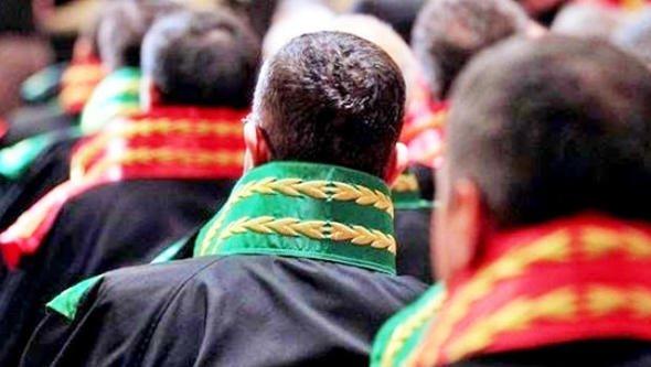 Gazeteciliği mahkum eden hakim Yargıtay üyeliğine atandı cumhuriyet.com.tr/haber/turkiye/…