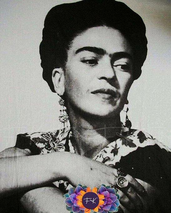 A pesar de mi larga enfermedad, tengo alegría inmensa de VIVIR / MORIR. Coyoacán [sic] #FridaKahlo #BuenLunes (Archivo Isolda P. Kahlo, México) Foto