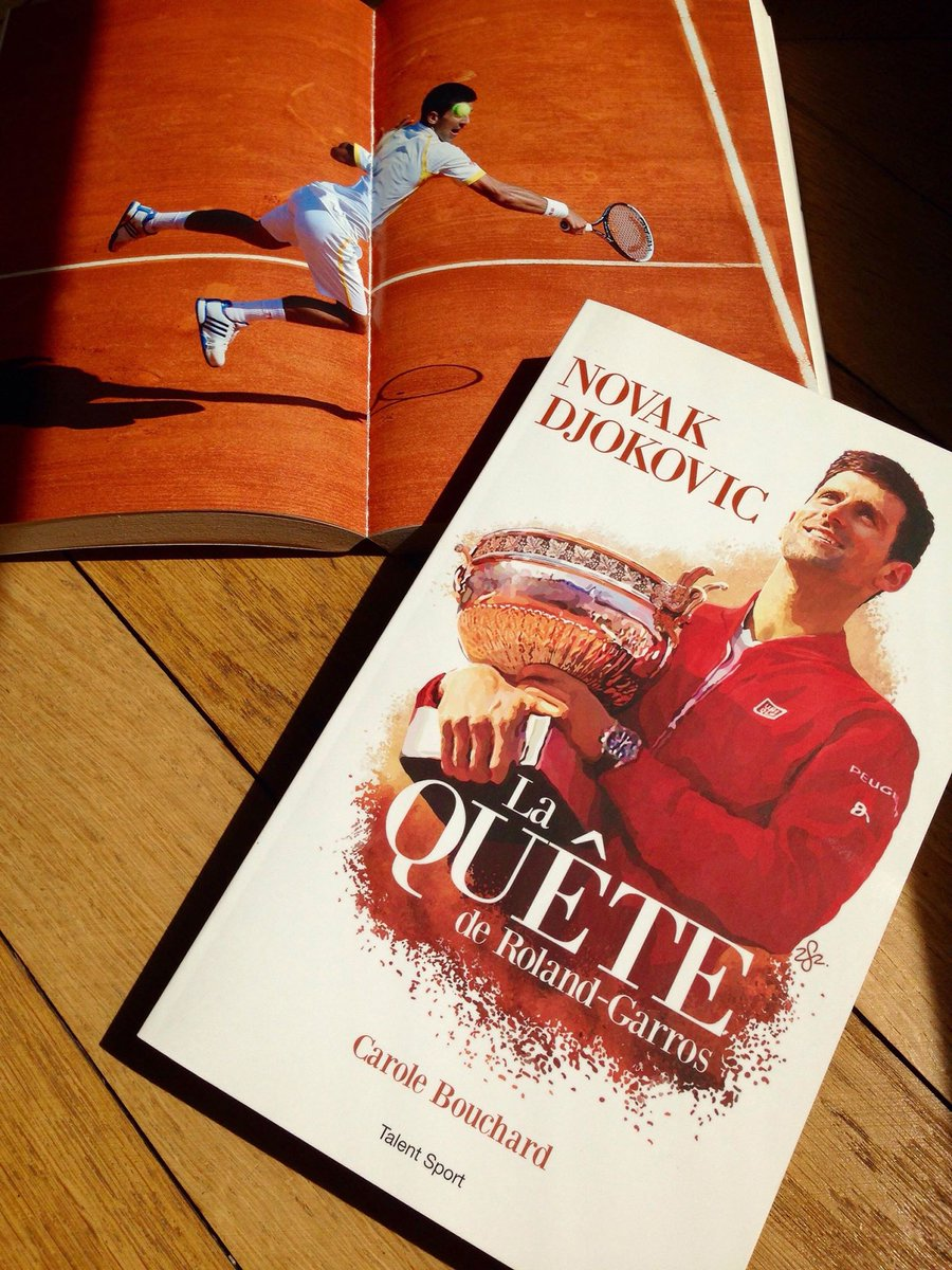 Roi de #WIMBLEDON Novak #Djokovic #Djoko remporte son 4ème titre sur le gazon londonien en dominant Kevin Anderson ! Savourez cette victoire avec la fascinante lecture du parcours de cet athlète d'exception de #LaQuetedeRolandGarros écrit par @carole_bouchard #TalentSport #tennis  - FestivalFocus