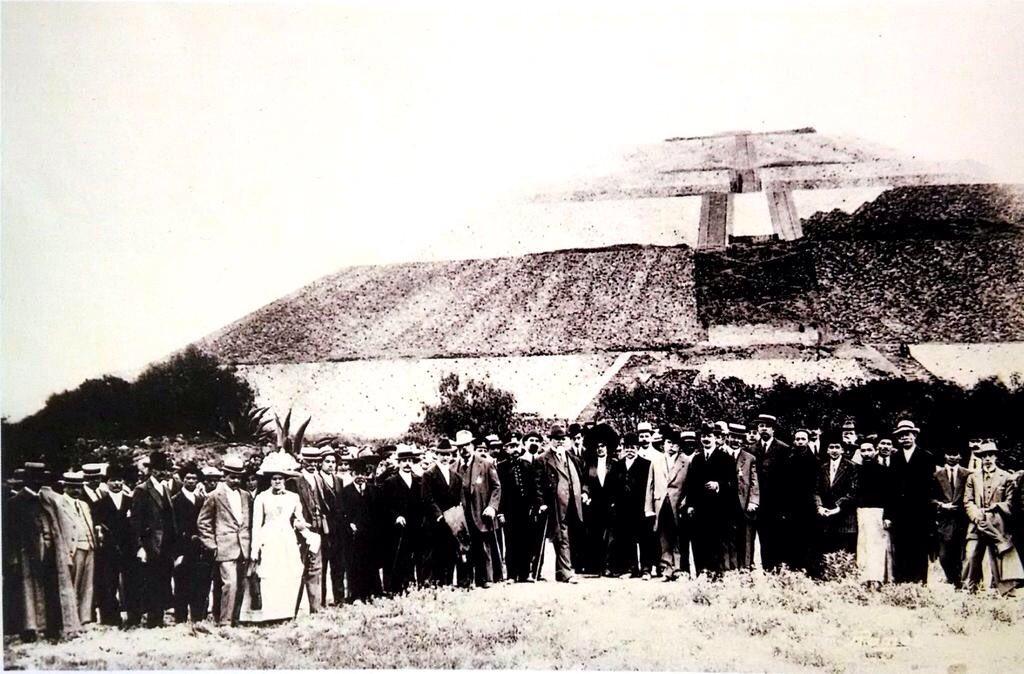 #SabíasQue Teotihuacan fue la primera zona arqueológica abierta oficialmente al público de toda América? Fue inaugurada por Porfirio Díaz el 13 de septiembre de 1910. Solo se visitó la pirámide del sol y el Museo de sitio @webcamsdemexico  @AMuyshondt  @Metaemergencia