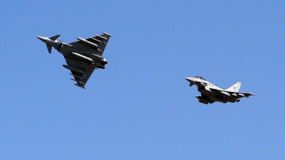 Briten provozieren Europa mit eigenem Kampfjet https://t.co/q8pWH7HTyS