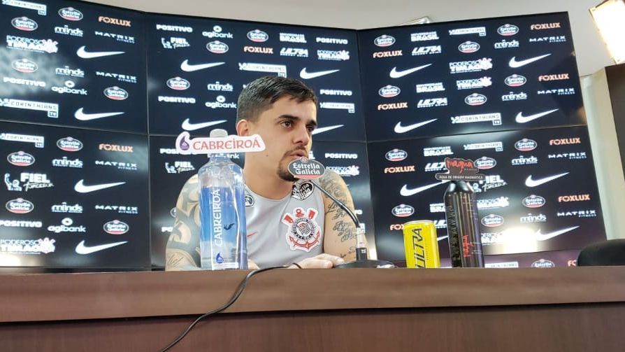 'Não é porque joguei uma Copa que vou voltar ao Brasil achando que sou o melhor', diz Fagner. Veja: https://t.co/yJapavEfjF