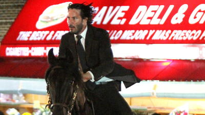 Keanu Reeves spotted riding a horse around Brooklyn https://t.co/WNy4KXxg6H https://t.co/MJBFpvmvKV