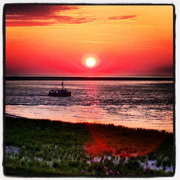 """Five years ago this morning I took the most """"New Englandy"""" photograph ever in #Chatham, Massachusetts. Quite literally, a picture perfect #Sunrise. #ItsAmazingOutThere"""