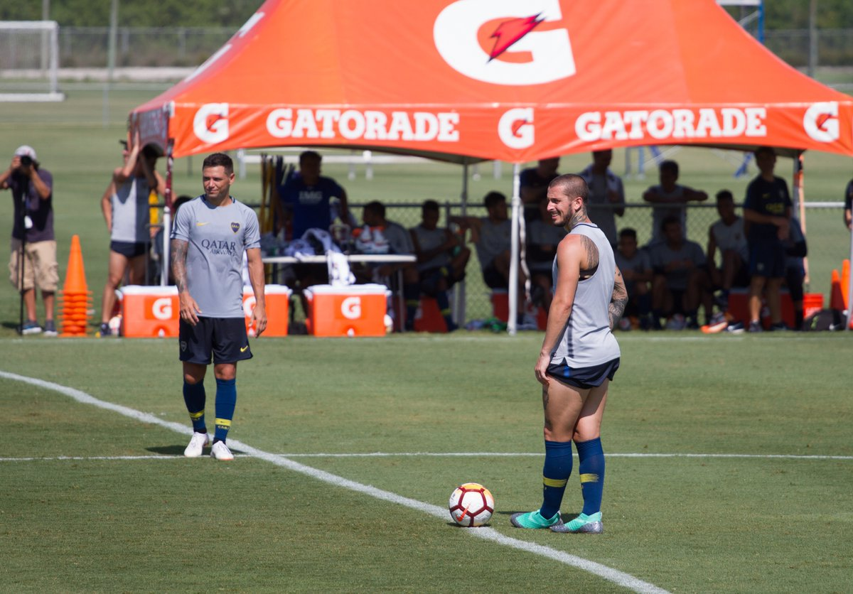 ��⚽️ @mau_zeta y @PipaBenedetto en el amistoso ante Miami United. https://t.co/it2EJSxrDd