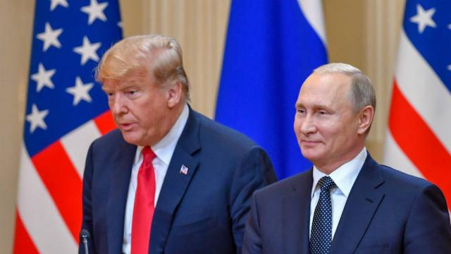 Top Intel Dem: Putin will take Trump's attack on Mueller probe as 'green light' to interfere in 2018 https://t.co/xhAgJYH1HP