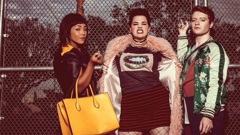 Exclusive: 'Heathers' reboot, scrapped at Paramount Network, sells internationally https://t.co/DEfHiwHere https://t.co/wqytnfjbii