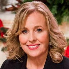 Just another #ManicMonday w/out the&amp; soul of #GH ~   @GenieFrancis#GenieIsThe#GenieIsGH on R TV screens.  When might that #LauraCentricStory B N production @valentinifrank?6 months is ample time 2 get a story written, said the writer!   https:// youtu.be/ukUknQXy6JI  &nbsp;   Emmy Win <br>http://pic.twitter.com/e3XLC6ws3U