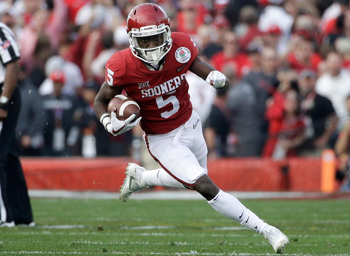 Top 10 college football wide receivers to watch in 2018  1. Marquise Brown (@Primetime_jet), @OU_Football   2. A.J. Brown (@Brown1arthur), @OleMissFB  3. Parris Campbell (@PCampbell21), @OhioStateFB   4-10: https://t.co/bWA7EBhQtX (via @LanceZierlein)