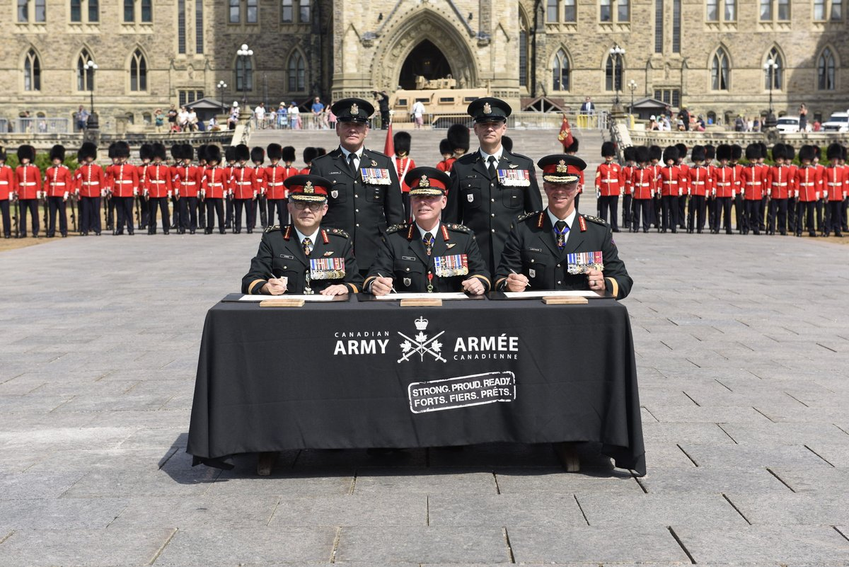 I am proud to assume command of such a #StrongProudReady @CanadianArmy. I look forward to keep serving Canada, the @CanadianForces & every member of the Army to ensure it continues to deliver excellence. - LGen JM Lanthier