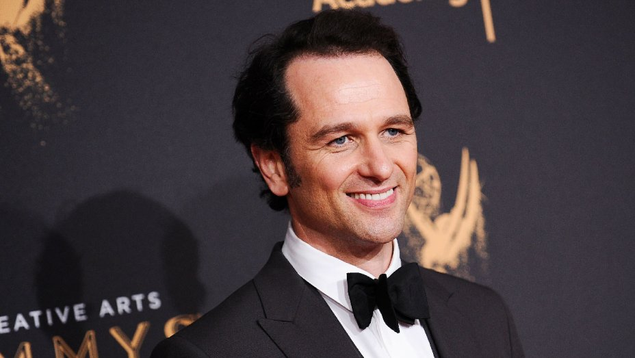 Matthew Rhys to star opposite @tomhanks' Mr. Rogers in 'You Are My Friend' https://t.co/OHeDsXidPh https://t.co/cIAE8V4Jya